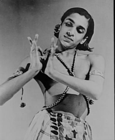 Ravi Shankar. Image Courtesy: http://i53.photobucket.com/albums/g46/annkittenplan/Picture18.png