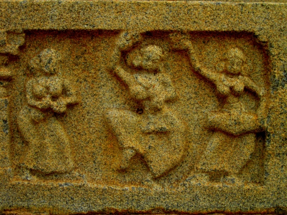 Hampi Sculpture Image reproduced under Creative Common Licence Image Courtesy: Grey Cells